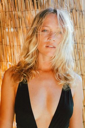 Zippy's secret to glowing skin? Sunscreen as a highlighter
